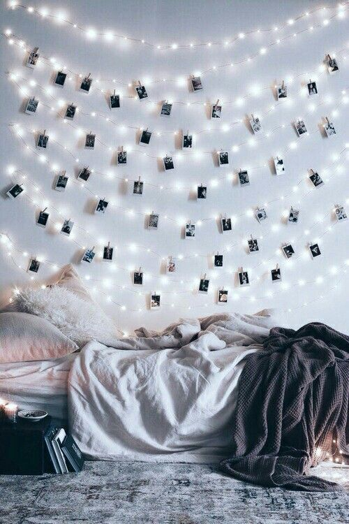 Tumblr bedroom fairylights messy bed