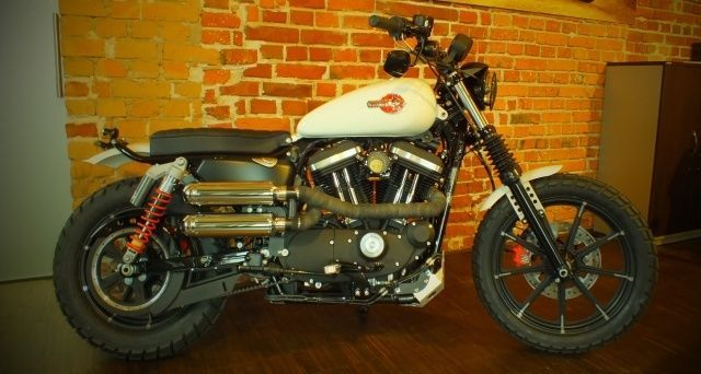HD Sportster 883Iron Custom