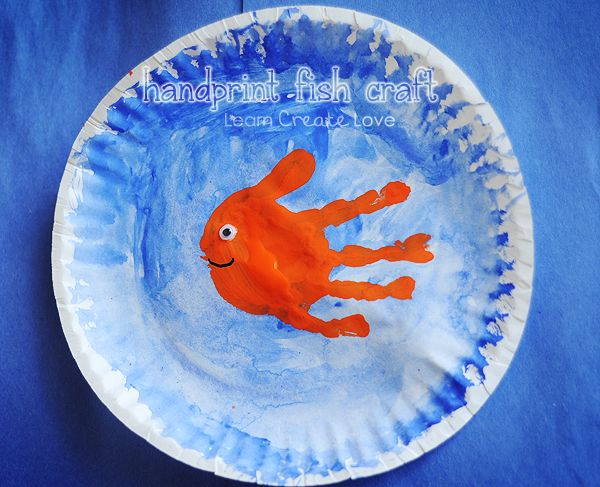 Paint a paper plate blue to represent the ocean, then make a colorful handprint over top of the blue. Add a googly eye and a mouth to complete your fish.