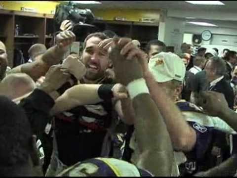 Brett Favre Pants On The Ground Locker Room Video HQ..always makes me smile
