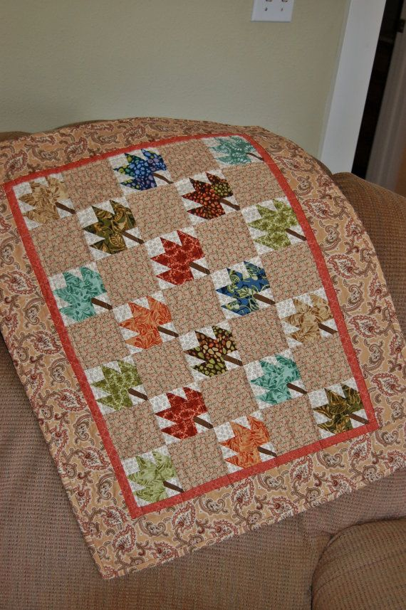 17 Best images about Quilts - Leaf on Pinterest Quilt, Log cabin quilts and Maple leaves