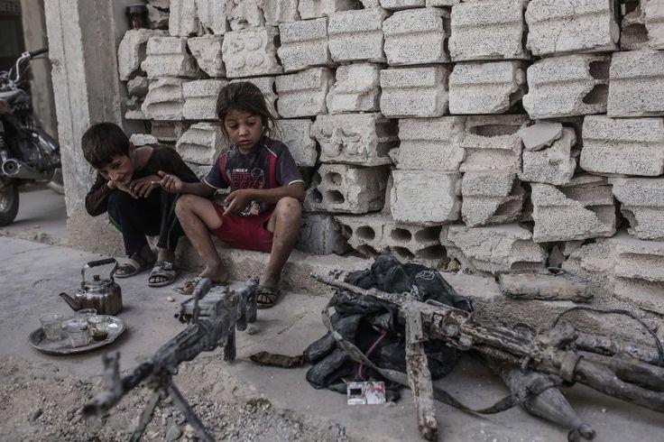Auf der Flucht vor dem Krieg in Syrien werden Menschen an der Grenze von türkischen Soldaten beschossen: Die Menschenrechtsorganisation Human Rights Watch erhebt schwere Vorwürfe gegen die Türkei.