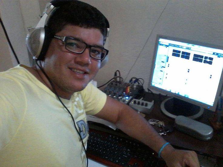 TRANSCONTINENTE FM* é sucesso mundial, eu Carlos Vera Lucero e o DJ Magomix Mago desejamos as boas vindas no site da Transcontinente, aqui você vai ouvir Eurodance, Italodisco, Italodance, Sertanejos e muitas músicas Alternativas, Sejam bem-vindo, Welcome, Bienvenidos em nosso site CLICK BELOW, AND SELECT THE LANGUAGE OF YOUR COUNTRY CLICK TRADUTOR DE IDIOMAS DO…