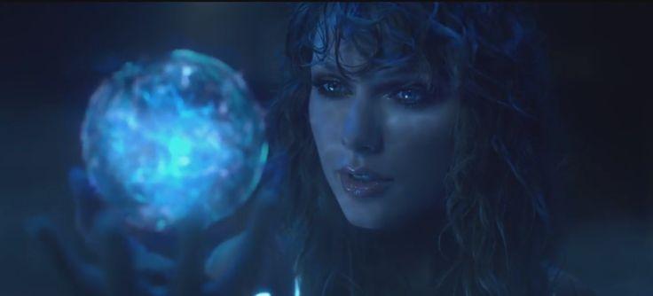 Taylor Swift 'Listo' la música del vídeo es acerca de la enfermedad de Tay-bot 2.0 eléctrica del campo de fuerza?