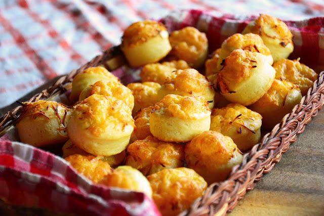 The eccentric Cook: Sajtos Pogácsa - Hungarian Cheese Puffs