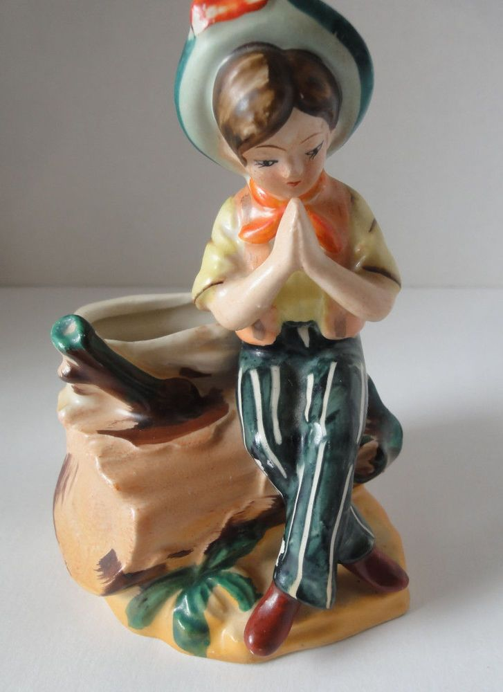 Vintage Occupied Japan Figurine Little Boy Praying Vase/Figurine 5""