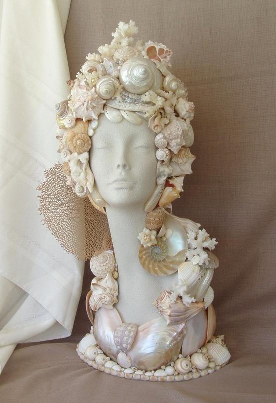 294 best images about seashell craft ideas on pinterest for Ideas for displaying seashells