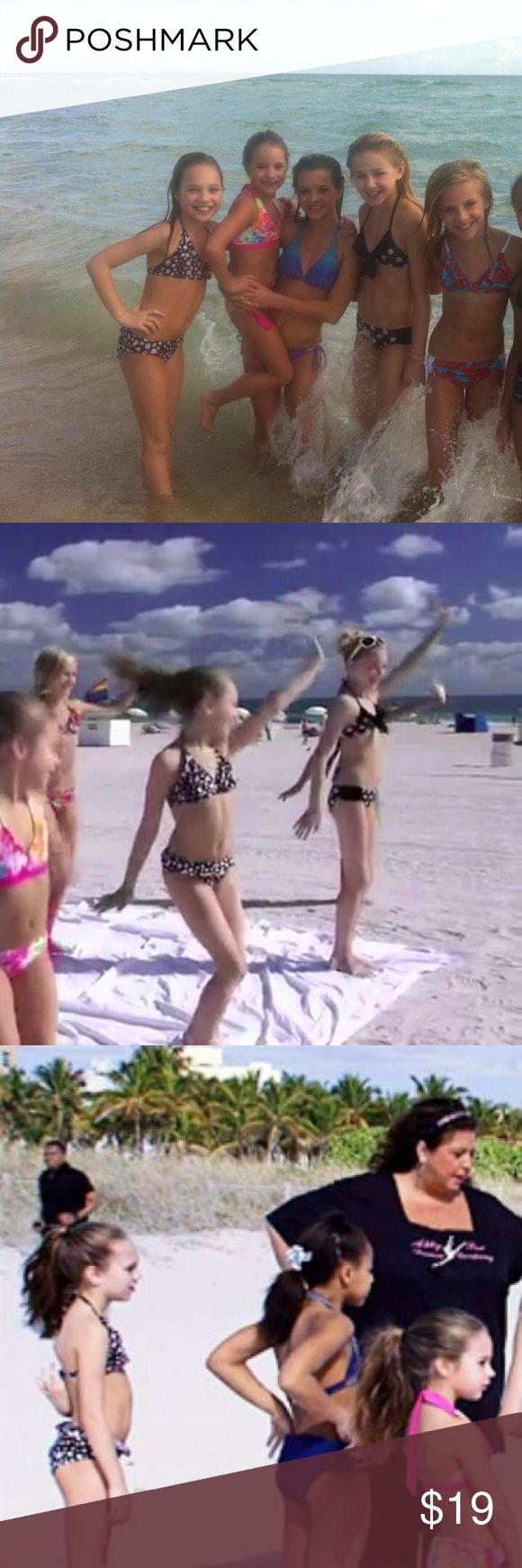 Maddie Ziegler Dance Moms black/white/pink bikini! Exact same style worn by Maddie Ziegler on Dance Moms season 2 episode 10. Pink detailing on ruffles Justice Swim Bikinis