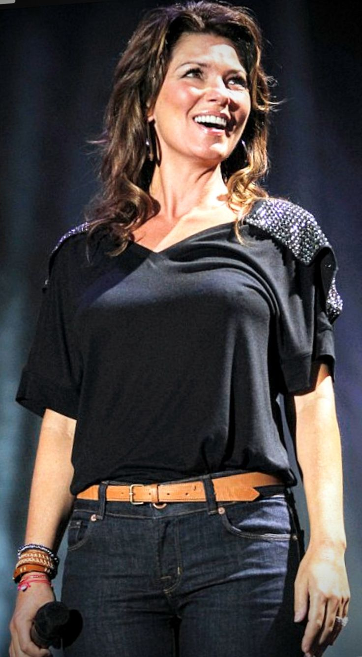 Pin by Carl Schenker on Country music stars Shania twain