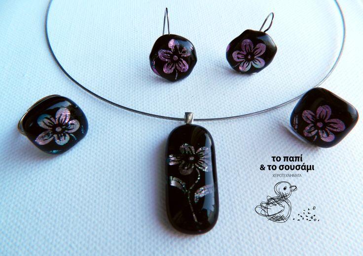 Σετ παντατίφ, δαχτυλίδια και σκουλαρίκια από διχρωϊκού γυαλιού (τεχνική fusing) Fused glass set of pendant earrings and ring (dichroic glass)