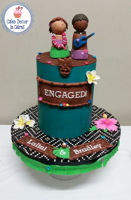 Luau Tiki Hawaii Engagement Cake