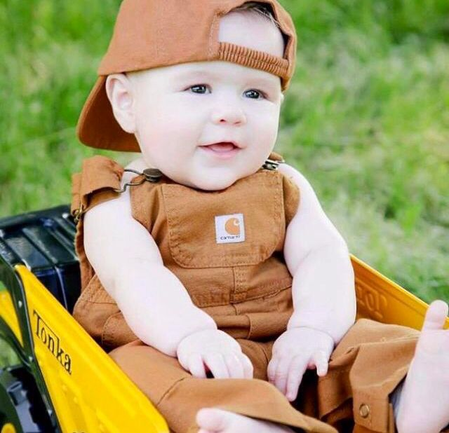 Carhartt Baby!   little one, someday  3   Baby pictures, Baby boy pictures,  Baby photos bfb7fc4d8f3