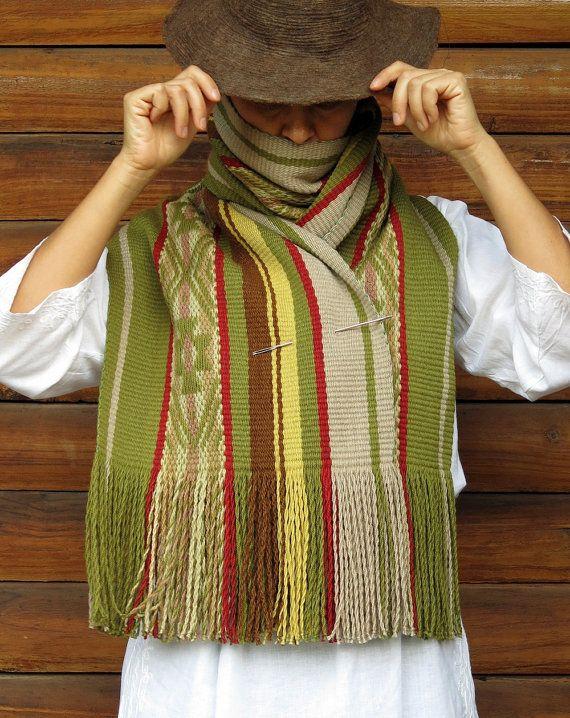 Mantón de las lanas, echarpe, abrigo de lana, bufanda de lana manta, cama, bufanda grande, tintes naturales, diseño mapuche, rojo amarillo verde, chile, Hermoza