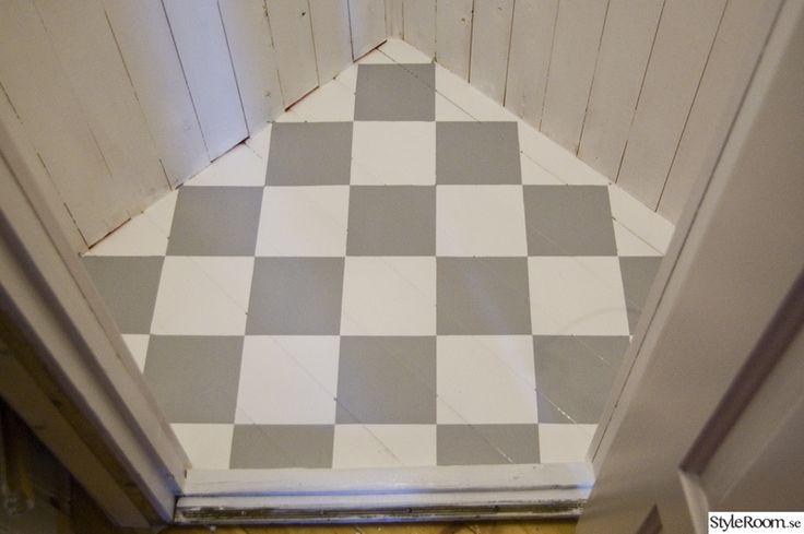 hörnskafferi,platsbyggt skafferi,gå-in-skafferi,rutigt golv