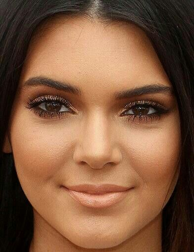 Kendall Jenner's Makeup- I love her brown smoked eye and peachy nude lips