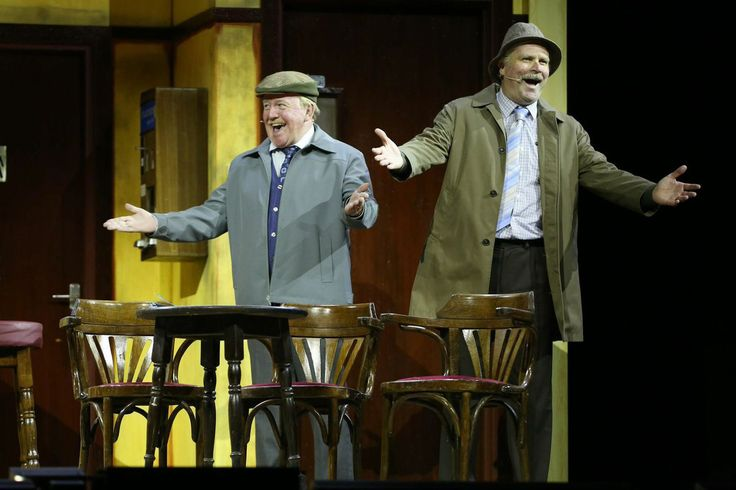 Still Game returns as a live show in a 21 night run at the Scottish Hydro. I was lucky enough to see it on it's opening night.  Ford Kiernan and Greg Hemphill as Jack and Victor