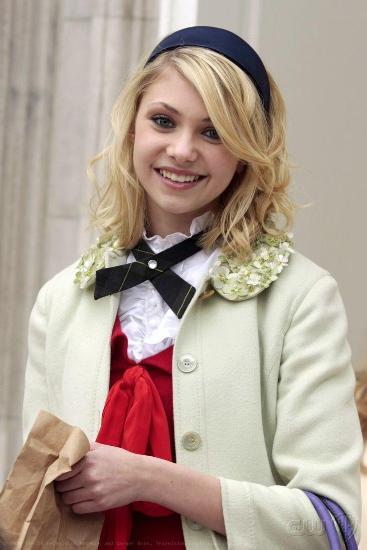 "Taylor Momsen as Jenny Humphrey ""The Blair Bitch Project"""