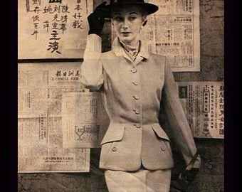 1950 bleu foncé rat musqué manteau Ad par SnowFireCandleCo sur Etsy