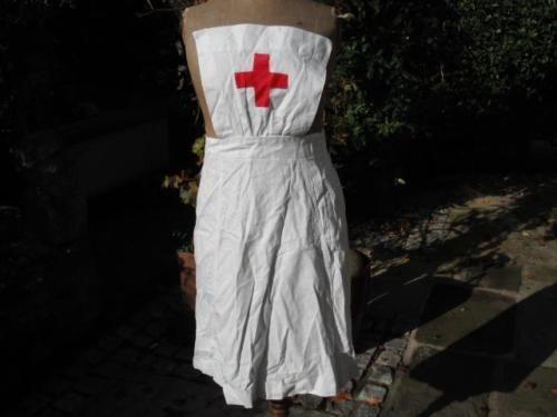 WW2-British-Nurses-White-Cotton-Uniform-Apron