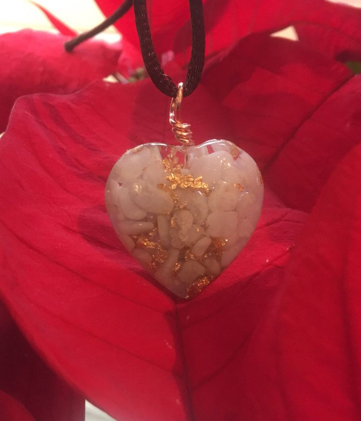 Orgone heart pendant with Blue Lace Agate and Gold leaf for healing, reiki, protection, emf protection and spiritual development by Alouminite on Etsy