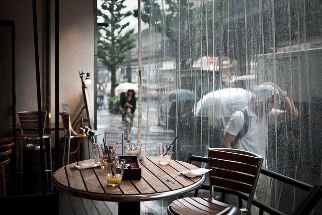 Rainy days in coffee shops.