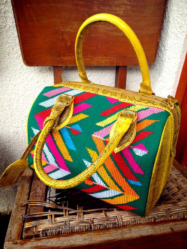 Tenun NTT bag with phyton calf #indonesia