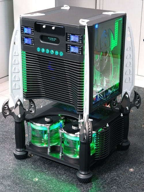 Insane custom computer cases. Breathe taking machine.... No other words come to mind