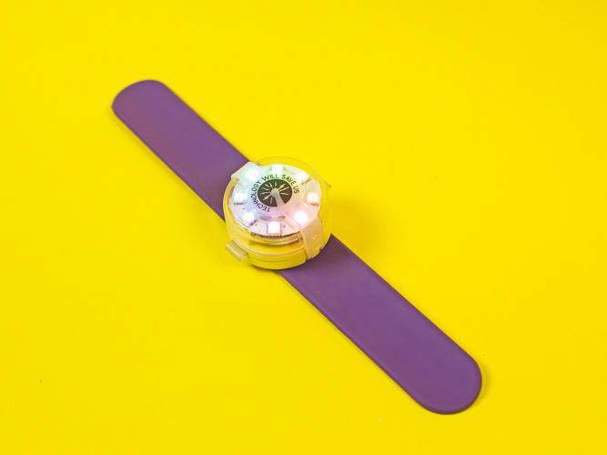 Mover Kit is the first wearable that kids can code themselves