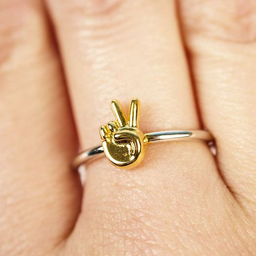 Firebox Peace Sign Emoji Ring