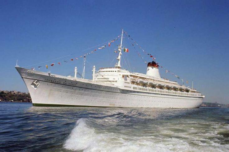 1000 images about 1960 1978 ocean liner leonardo da vinci italian liner on pinterest. Black Bedroom Furniture Sets. Home Design Ideas