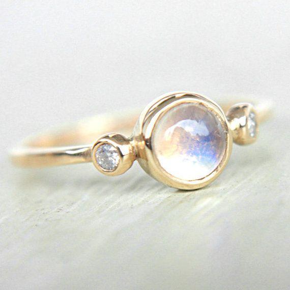 Bague or pierre de lune