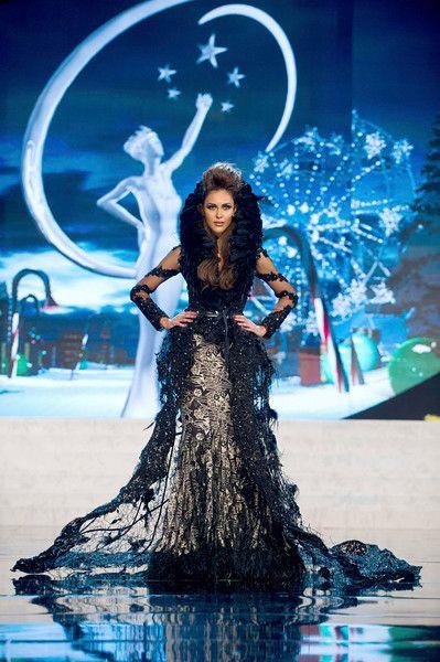 MIss Universe National Costumes 2012 Miss Malaysia