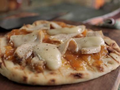"""Roasted Chicken, Peach and Brie Pizza (Pizza Jammin' All Night: White Party) - Damaris Phillips, """"Southern at Heart""""on the Food Network."""