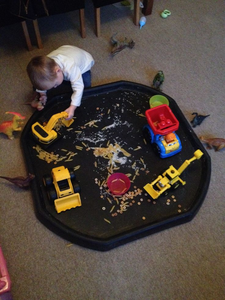 Dried food diggers in a builders tray keeps my 2year old busy