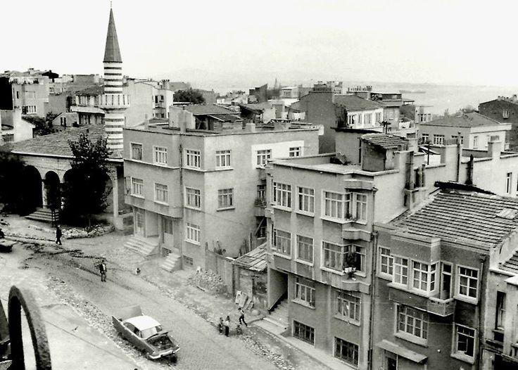 Sultanahmet Nakilbent Camii (1967)