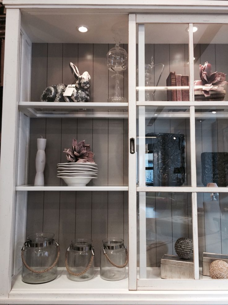 Libreria mougin con accessori store roche bobois di for Libreria roche bobois