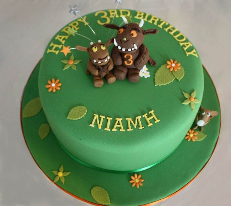 Gruffalo and Gruffalo Child cake
