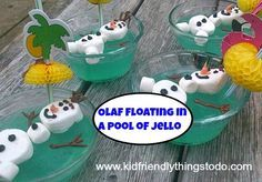 These Floating Olaf Jello Cups are perfect for birthday parties! Cute, simple, and delicious these little guys will be a hit!