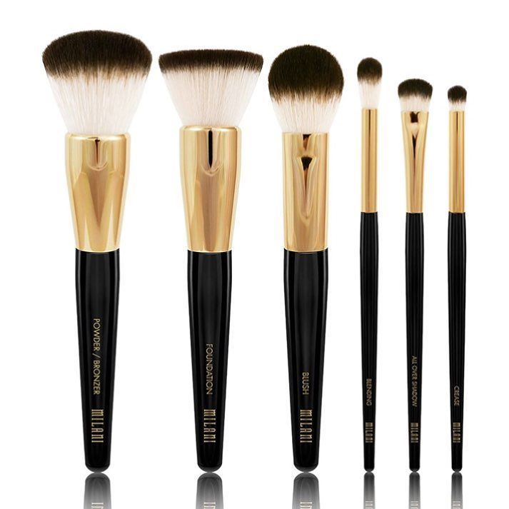 A 2016-os kollekció most már ezekkel a professzionális ecsetekkel is kibővült! #milanicosmetics #milanihungary #makeup #makeupbrushes #springcollection #new #makeuphaul #beautyjunkie #makeupaddict #beautyblogger #makeupartist #instabeauty #ikozosseg by milani_hungary