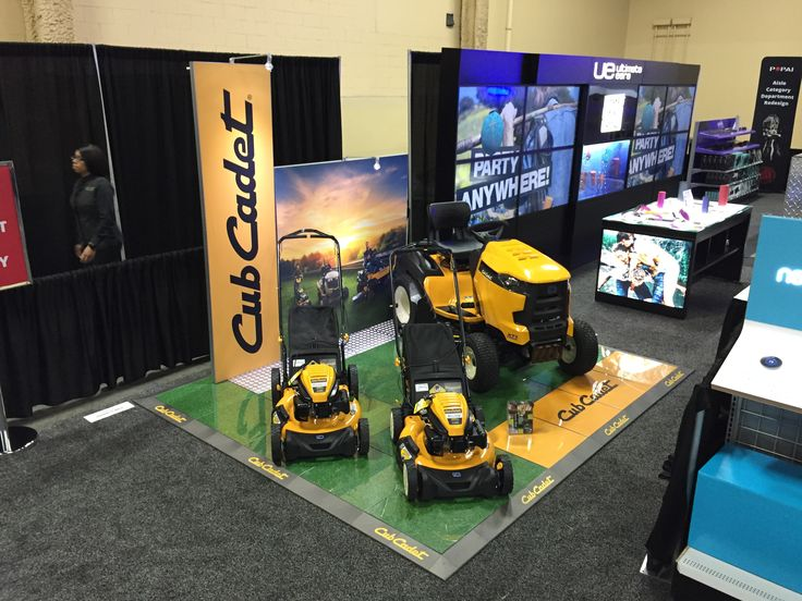 PromoDek for Cub Cadet