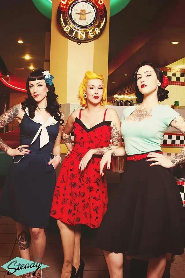 Rockabilly girls pin up
