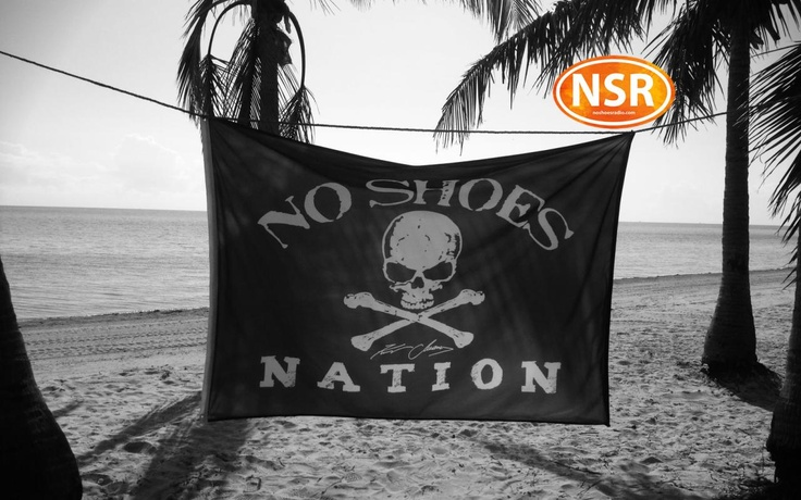 Photo on @kennychesney 's @noshoesradio | 02.27.2013 | 17 days and counting for the Tampa show!