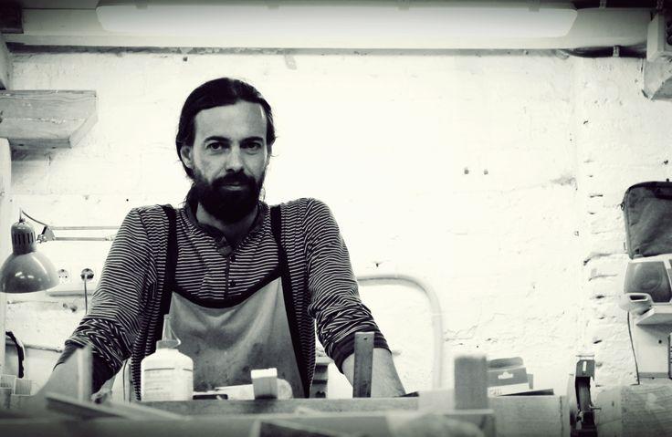 Paco Munzón, diseñador-artesano.