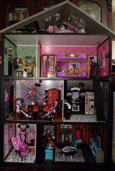 diy girls monster high doll houses | DYI Monster High house - main view - Monster High Dolls .com