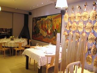 Una vista general de la sala en la que se ubica la zona de comedor. FUENTE: MISS MARIDAJES > Facebook https://www.facebook.com/Mismaridajes - Twitter https://twitter.com/mismaridajes - Web http://mismaridajes.blogspot.com.es/