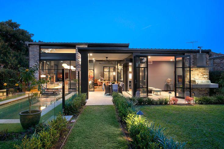 Stunning Residence, Huge Gardens, Pool