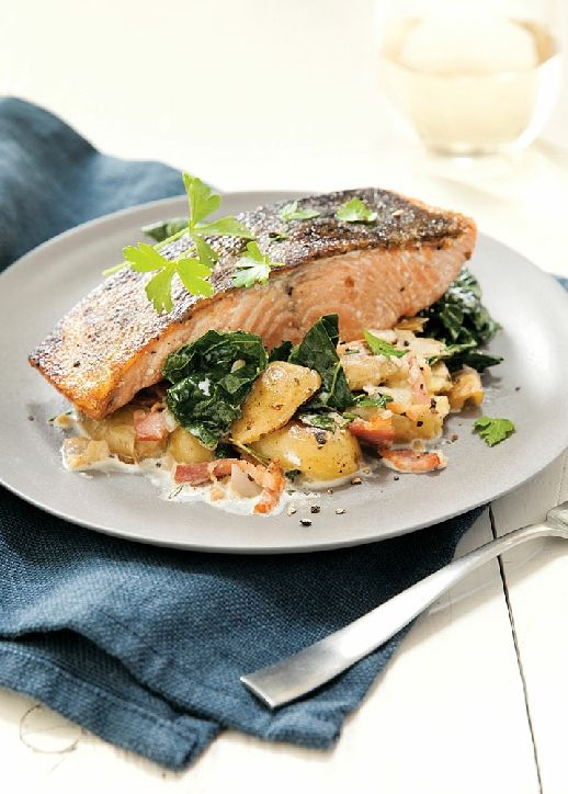 Low FODMAP Recipe and Gluten Free Recipe - Roast salmon with potatoes & bacon http://www.ibs-health.com/low_fodmap_salmon_potatoes_bacon.html