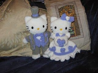 Hello Kitty Victorian Wedding Amigurumi - FREE Crochet Pattern / Tutorial