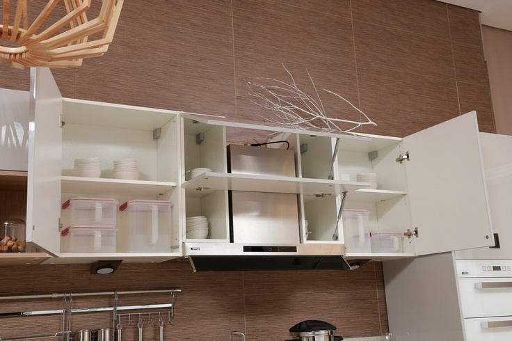 opened wall cabinet_oppein