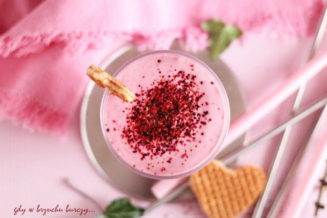 Walentynkowy koktajl malinowy